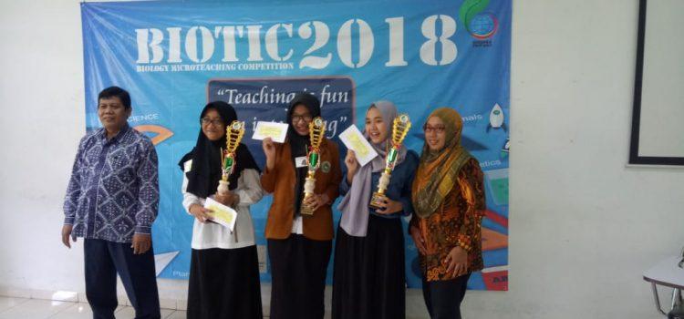 Ukir Prestasi Membanggakan, Mahasiswa Pendidikan Biologi Juara 2 Kompetisi Microteaching se Jateng – DIY